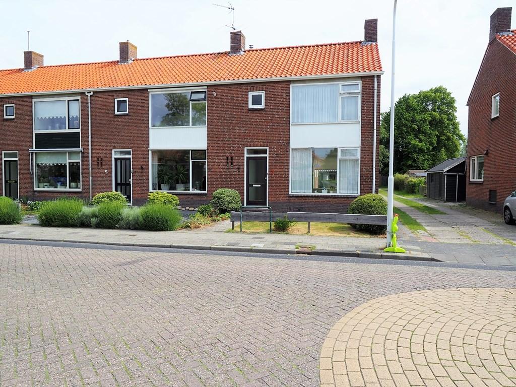 Balk, Erasmusstraat 7