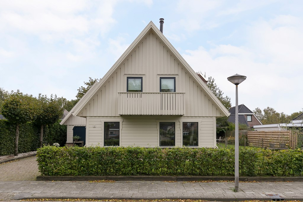 Sint Nicolaasga, Houtsnip 8